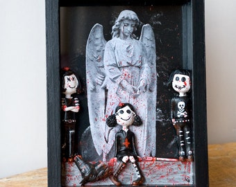 Fallen Angels - Upcycled Gothic Frame