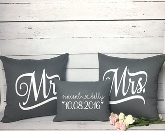 Cotton Anniversary Gift - Mr and Mrs Pillow Cover Set - Wedding Gift - Personalized Wedding Pillows - Wedding Date Pillows - 2nd Anniversary