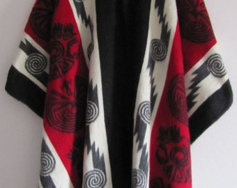 Poncho with hood from Otavalo - Handmade in Ecuador