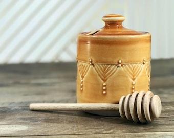 Honey jar: Handmade honey pot porcelain honey pot brown ombre honey pot brown serving piece brown ceramic honey jar wooden honey dipper