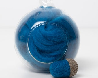 Merino Felting Wool- Wool Roving-Wool Tops -Colour Aqua 11 -10grams