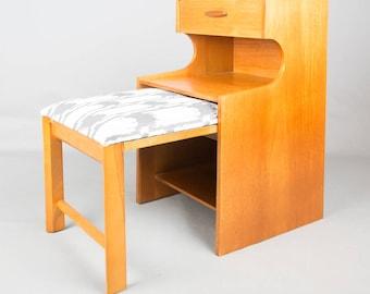 Chippy heath telephone table / seat