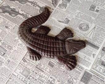 Vintage Alligator wall decor