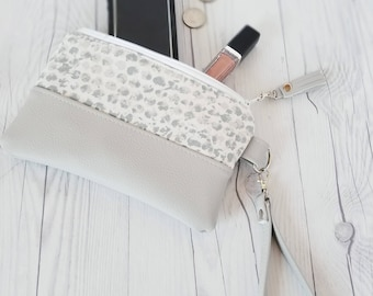 Gray Wristlet - Gray Wristlet Wallet - Gray Womens Wallet - Faux Leather - Small Crossbody - Phone Wallet - Wristlet Purse - Bridesmaid