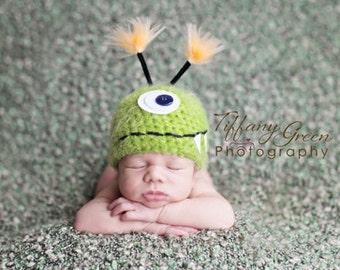 Baby Hat, Green Monster Hat, Newborn Baby Hat, Newborn Photo Prop, Photography Prop, Baby Photo Prop, Little Monster