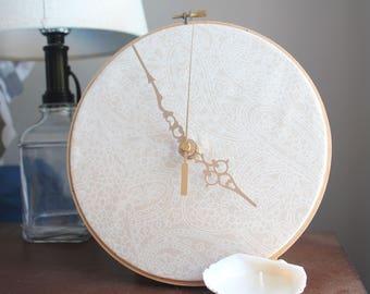 Decorative Flower Clock, Wooden Clock, Flower Clock Decoration, Fabric Wall Hanging Clock, Wall Clock
