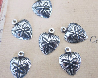 6 Silver Heart Charms 2982
