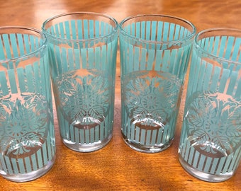Vintage Pale Aqua Juice Glasses, Mid Century Starlyte By Libbey Style Tumblers, Mid Century Barware, Set Of 4 Vintage Turquoise Glasses