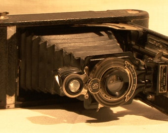 Vintage 1902 Eastman Kodak No. 2C Folding Autographic Brownie