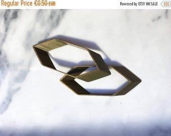 Essa Sale Charm geometric