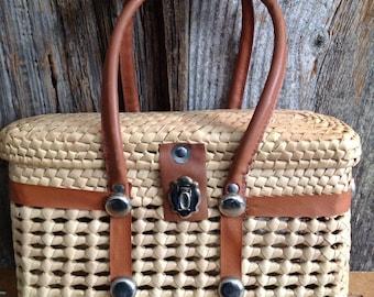 Vintage Wicker Purse basket purse/wicker/vintage/top handle bag/