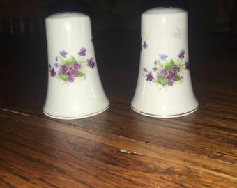 Vintage LEFTON Sweet Violets Salt And Pepper Shakers