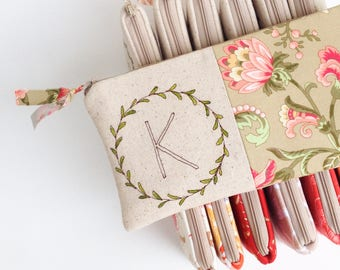 Bridesmaid Proposal, Gift Ideas, Personalized Makeup Bag, Bridesmaid Gift Set of 3, 4, 5, 6, 7, 8 or 9, Floral Cosmetic Bag, Gift for Her