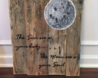Full moon sign
