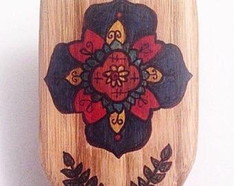 Scandinavian Flower Hairbrush