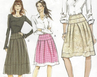 Womens Skirts in Two Lengths Waist Yoke & Band OOP Vogue Sewing Pattern V8560 Size 14 16 18 20 Hip 38 40 42 44 UnCut