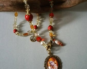 Super beautiful necklace with Krishna pendant/color harmony/happiness/joy