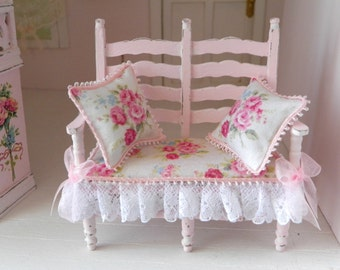 sweet dollhouse shabby chic bench, scale 1/12 , miniature for dollhouse
