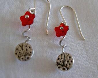 Pendientes mariquitas colgantes/Ladybirds lady bugs earrings