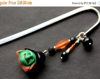MOTHERS DAY SALE Halloween Bookmark. Beaded Bookmark. Witch Bookmark. Book Hook Bookmark. Handmade Book Charm.