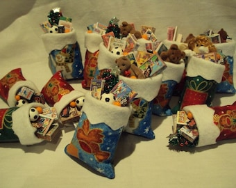 Dolls House Miniatures  - 1/12th Christmas Toy Sack  x1