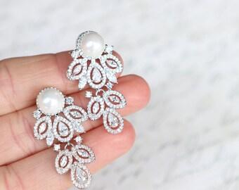The Perla Earrings