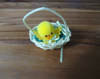 Muffy ~ #4317 Easter Fantasy: basket with chick