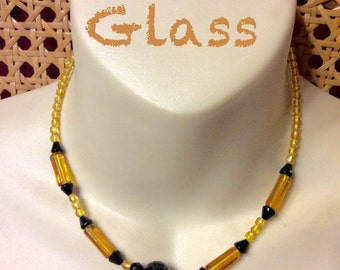 1950's yellow amber glass beads necklace.