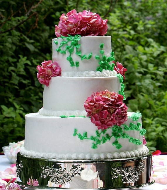 Design Your Own Wedding Cake: Create Your Own Income From Home Start A Wedding Cake