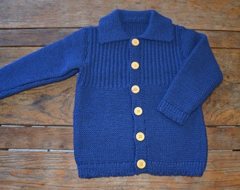 Size 4 yrs 100% merino wool hand knitted child's jumper