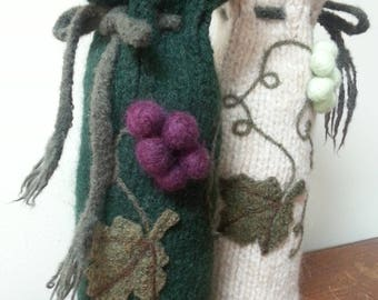 Wine Plush, green with purple grapes