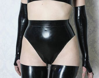Belted latex briefs, high leg