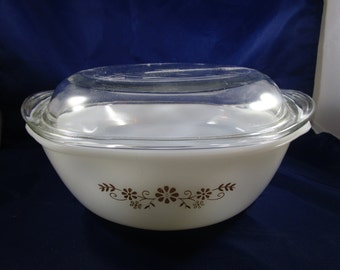 Pyr-O-Rey Lidded Casserole Dish, 1940s, Vitrocrisa Co., Brown Floral Baking Dish with Lid