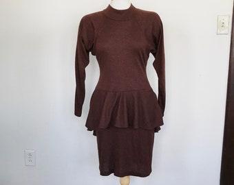 Vintage 80's raglan sleeve peplum dress, bronze dress, soft stretchy dress, sweater dress, knee length dress, long sleeve dress, brown dress