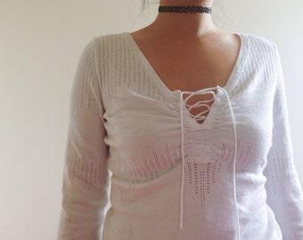 Vtg boho lace up knit top