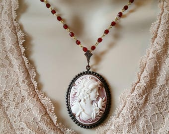Victorian Cameo Necklace, Cameo Jewelry, Big Cameo, Vintage Style Cameo, Antique Style, Red Cameo Necklace, Red Necklace, Red Beaded Chain