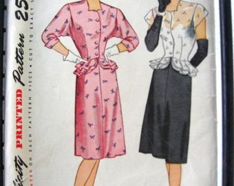 40s Peplum Dress Simplicity 1677 - Vintage Sewing Pattern - Double Ruffle - Bust 32