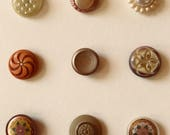 Celluloid Buttons. Collec...