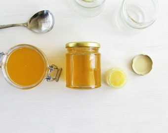 Raw Royal Jelly mixed in Raw Honey. Hand mixed product - 250g