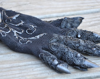 Made to Order, The Countess Glove, American Horror Story Black