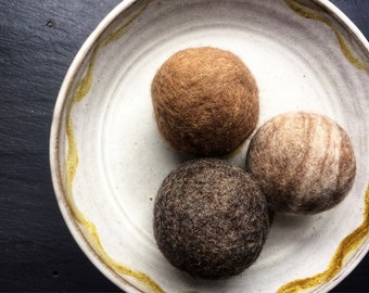 100% Natural Felted Wool Dryer Balls, Handmade and Eco-friendly - Set of 3