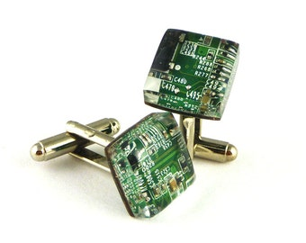 Cufflinks with Integrated Circuits Green Cufflinks Electronic Cufflinks Resin Jewelry Gift Idea for Man Wedding Accesories Circuit board