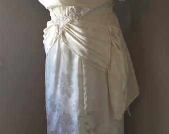Vintage Wedding Dress   80s Dress Ivory Floral Silky Retro Ruffle Wedding Dress   Lace Applique   Jody California Label   FREE SHIPPING