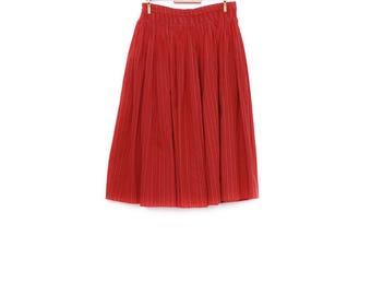 Vintage folk fashion skirt, handmade small to medium size wide trachten red white black flower pattern, Oktoberfest fashion accessory, 1970s