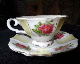 Tea Cup with Saucer Peach colored Rose on Yellow & White Home and Garden Kitchen and Dining Tableware Drinkware Coffee and Tea Cups