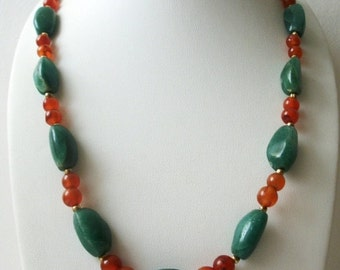 ON SALE Vintage 1950s Semi Precious Aventurine Carnelian Stones Polished Heavier Necklace 22617