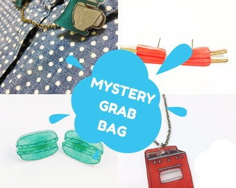 Mystery Box Jewelry Grab Bag Surprise Gift Pack Favors Pendant Necklace Charm Earrings Bracelet Studs Pins For Her Party Mixed Bag Bargain