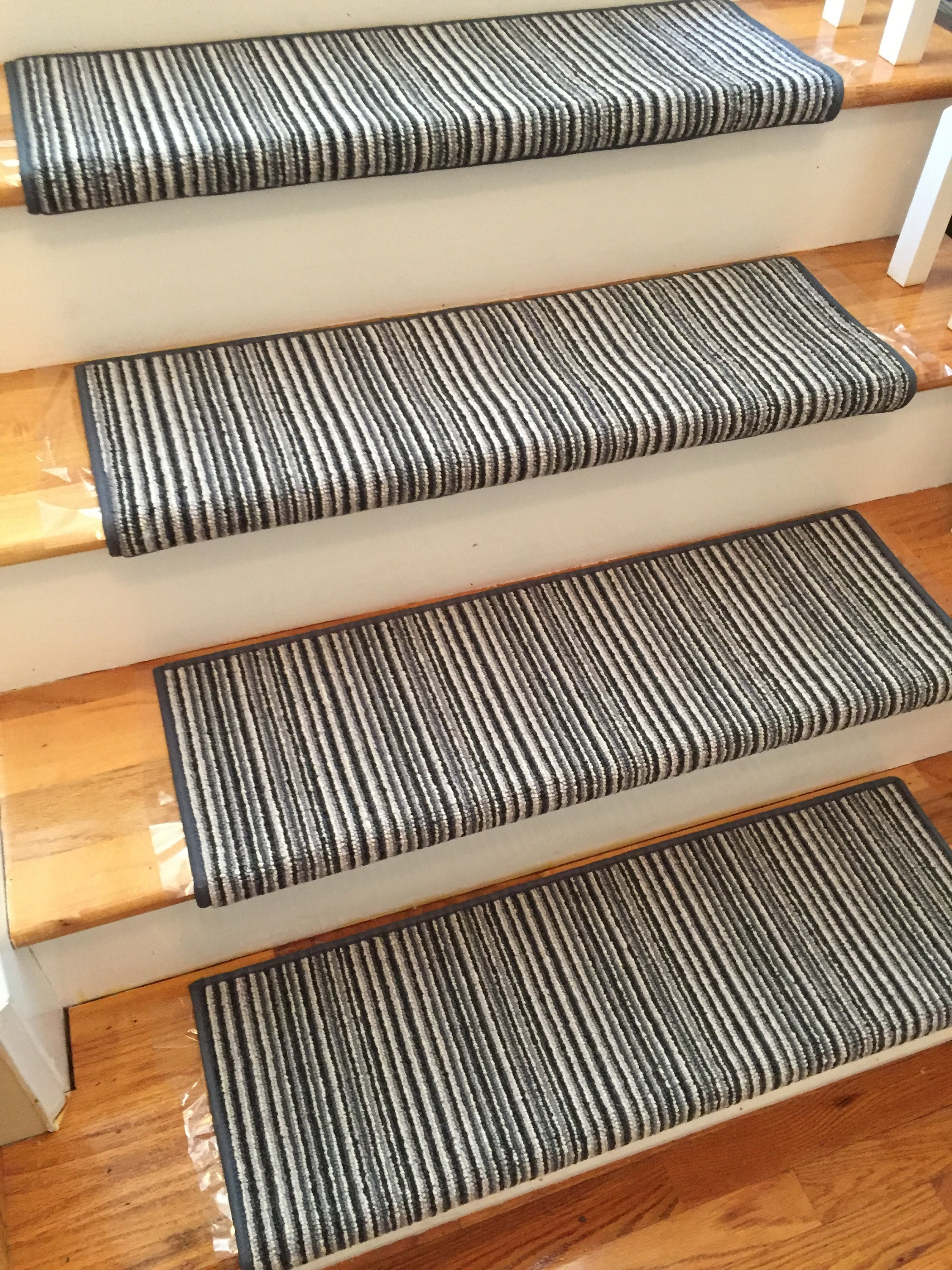 London Underground Northern Line True Bullnose™ Carpet Stair Tread   For  Safety Comfort Dog Cat Pet (Sold Each)