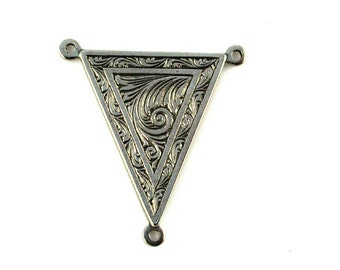 Qty. 2 Egyptian Triangle 3-ring connector - 24 x 23mm