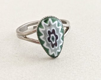 Vintage Ring, Vintage Jewelry, Millefiori Flower Ring, Green Blue White Silver Adjustable Ring, Silver 70s Ring, Glass Cabochon, Floral Ring